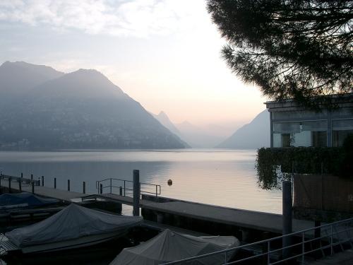 Zwischenübernachtung am Comer See in der Schweiz